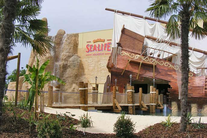 Eingang des Sea Life Centres im Gardaland